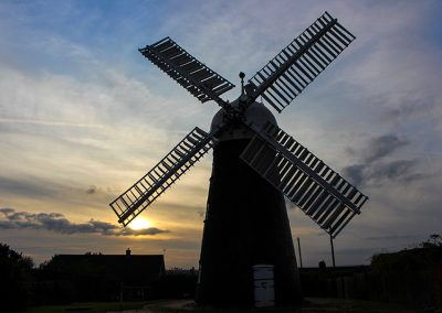 website_lincoln windmill